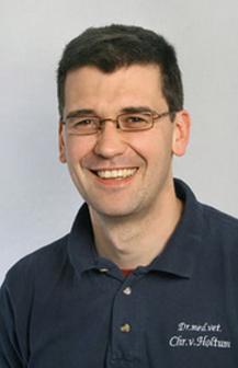 Dr. Christian von Holtum